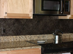 Faux mottled diamond back splash (S40)