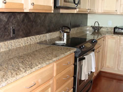 Faux mottled diamond back splash (S41)
